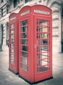 ретро поле телефон в лондон — Стоковое фото