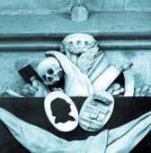 Memento mori - skull, reaper sickle — Stock Photo