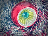 Retro look Christmas bauble and tinsel — Foto de Stock