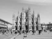 Black and white Piazza Duomo Milan — 图库照片