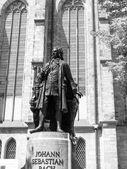 Neues Bach Denkmal  — Photo