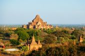 Ancient pagodas in Bagan, Myanmar — Stock Photo