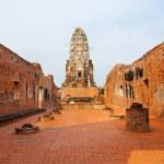 Wat Phra Mahathat in Ayuthaya — Stock Photo #62200291
