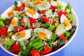 Salad with tomatoes and boiled eggs — Stock Photo