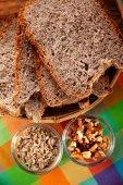 Pão caseiro multiseed — Fotografia Stock