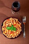 Fusilli pasta with chick peas — Stock Photo