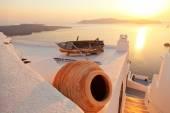 Old boat in Firostefani, Santorini — Stock Photo