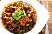 Duck hearts stew vegetables — Stockfoto