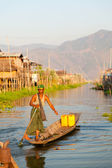 Intha people in Inle Lake, Myanmar — Foto de Stock
