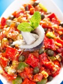 Tunisian salad with red peppers — Stock Photo