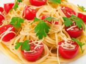 Spaghetti with cherry tomatoes — Стоковое фото