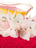 Spa products with flowers — Stock Photo