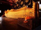Reclining Buddha, Wat Chedi Luang — Stock Photo