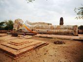 Wat Lokayasutharam, Ayutthaya — Photo