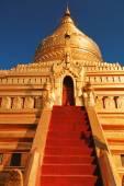 Shwezigon Pagoda, Bagan — Stockfoto
