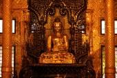 Buddha statue inside Botataung Pagoda — Stock Photo
