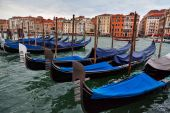 Moored gondolas in Venice, Italy — Stock Photo