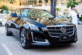 "New cars presentation at yearly automotive-show ""MECONTI"" event. November 26, 2014 in Dubai, United Arab Emirates. — Stock Photo"