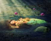 Beautiful woman mermaid — Stock Photo