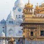 Sikh gurdwara Golden Temple (Harmandir Sahib). Amritsar, Punjab, India — Stock Photo #54288495