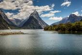 Milford Sound, Fiordland, New Zealand.  — Stock Photo