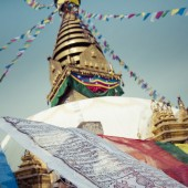 Stupa in Swayambhunath Monkey temple in Kathmandu, Nepal. — Stock Photo