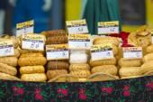 Traditional polish smoked cheese oscypek in Zakopane — Stock Photo