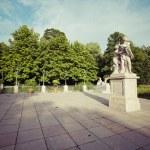 The Lazienki palace in Lazienki Park, Warsaw. Lazienki Krolewski — Stock Photo #77734220