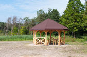 Wooden gazebo — Stock Photo