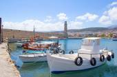 Fishing boats in old port in Rethymno — Stockfoto