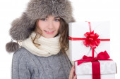 Portrait of beautiful woman in winter clothes with christmas pre — Stock Photo