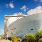 Cruise Ship — Stock Photo #76276419