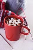 Taza con chocolate caliente — Foto de Stock