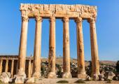 Temple of Jupiter in Baalbek ancient Roman ruins, Bekaa Valley of Lebanon. Known as Heliopolis during the period of Roman Empire. — Stock Photo