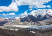 Mountain view in Pamir region, Kyrgyzstan — Stock Photo