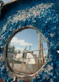 Frozen porthole on the old ships — ストック写真