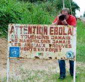 A sign warns visitors that area is a Ebola infected.  — Stock Photo