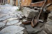Old shoes from Azerbaijan mountains — ストック写真
