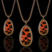 Jewelry. Necklace leopard — Stock Photo
