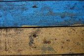 Bois texturé. Planche de jaune et bleu — Photo