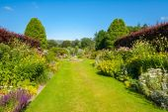 Beautiful landscaped summer garden — Stock Photo