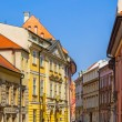 The old, historical tenements at the Old Market Square in Cracow, Poland ( Krakow, Polska) — Stock Photo #71647521