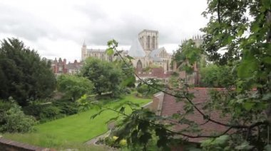 York Minster seen from the city wall, Yorkshire, England, UK, footage — Stock Video