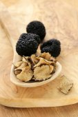 Expensive rare black truffle mushroom - gourmet vegetable — Stock Photo