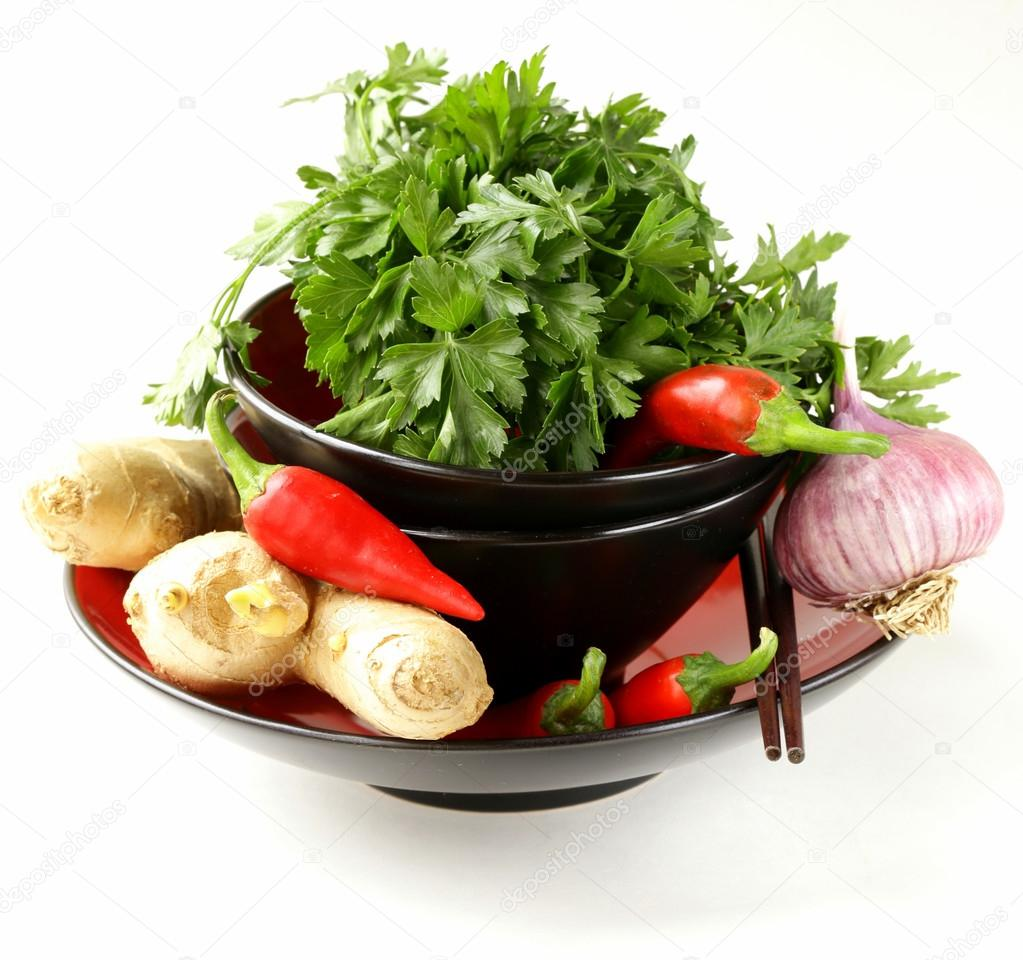 Asian food ingredients ginger chilli coriander and for Asian cuisine ingredients