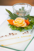 Decorating desserts and food that was prepared for the wedding party. — Stock Photo