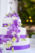 A beautiful wedding cake — Stock Photo