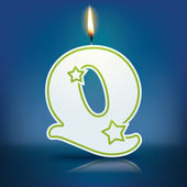 Candle letter Q with flame — 图库矢量图片