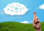 与社会的蓝色图标看云的幸福笑脸手指和 — 图库照片