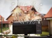 Buzón con mano blanca dibuja los iconos de correo — Foto de Stock